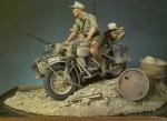 1-18-Afrikakorps-BMW-R75