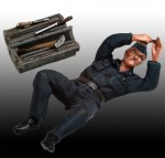1-48-Luftwaffe-Mechanic-with-Tools-WWII-Set-II
