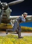 1-48-German-pilot-running-I