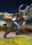 1-48-German-pilot-running-II
