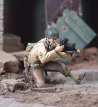1-35-US-Photographer-June-1944