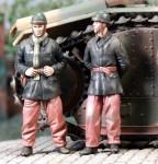 1-35-Tankistes-Francais-Juin-1940-2-figures