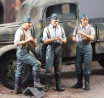 1-35-3-German-Infantry-Resting-1940