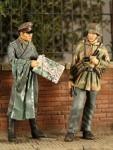 1-35-21-Pz-Div-Normandy-1944-2-figures