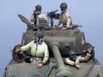 1-35-US-Tean-Sherman-Allemagne-1945-4fig