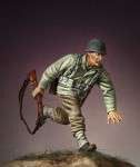 1-35-G-I-s-Advancing-n2-Europe-1944-45