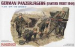 1-35-German-Panzerjagers-Eastern-Front-1944-Figure-Set