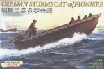 1-35-German-Sturmboat-with-Pioniere-Figures