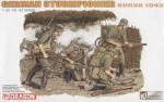 1-35-German-Sturmpionier-Kursk-1943-10th-Anniversary-Figure-Set