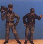 1-48-Panzer-crew-1939-1945