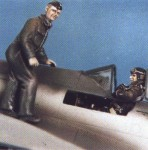 1-48-Pilot-TA152-or-FW190-and-Dragon