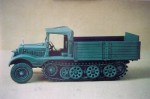 1-35-SdKfz-11-3-ton-halftrack-early-cargo-variant
