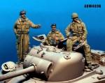 1-48-British-Tank-Crew-Winter-WWII