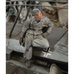 1-35-Obergefreiter-Russia-1943
