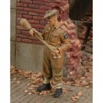 1-35-British-Marine-Commando-WWII