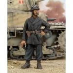 1-35-Italian-NCO-Tanker-WWII