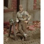 1-35-U-S-Soldier-at-Break-WWII