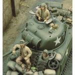 1-35-U-S-Sherman-Crew-WWII