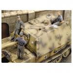 1-35-Ferdinand-Crew-WWII-Part-2
