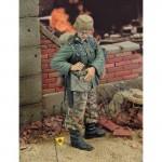 1-35-German-Engineer-WWII