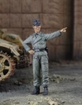 1-35-Panzer-IV-crewman-Normandy-1944
