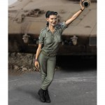 1-35-DF-woman-soldier