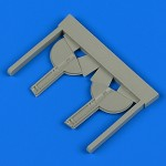 1-48-Spitfire-Mk-I-undercarriage-covers