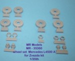 1-35-Wheel-set-Mercedes-MB-4500-S-A6-commercial-road-pattern