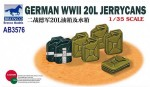 1-35-German-WWII-20L-Jerry-Cans