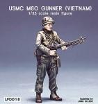 1-35-USMC-M60-Gunner-Vietnam