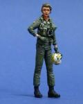 1-35-US-Navy-Woman-Pilot-WWII