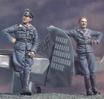 1-35-German-ACEs-W-Bf-109-Tail-and-Base