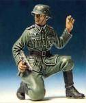 1-35-Halt-II-German-Infantry