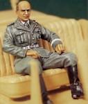 1-35-German-SS-General-WWII