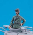 1-35-Japanese-Tank-Commander-WWII