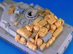 1-35-M1-Abrams-Stowage-set