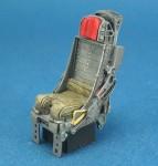 RARE-1-32-F-105-Seats-set-wo-Seat-belt-2ea