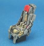 RARE-1-32-F-105-Seats-set-w-Seat-belt-2ea