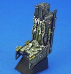 1-32-ACESII-Seat-for-F-15