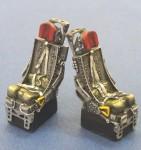 RARE-1-48-F-105-Seats-set-w-Belt-2ea