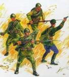 1-35-Red-Army-WW2-Infantry-Kit-1-model-kit
