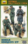 1-35-German-WW2-Halftrack-Crew-model-kit