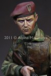 1-16-WW2-British-SAS-Commando