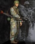 1-16-MG-Gunner-12-SS-Panzer-Division-HJ