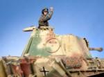 1-35-Waffen-SS-Panzer-Commander-1