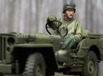 1-35-WW2-US-Jeep-Driver