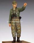 1-35-WSS-Infantry-Officer-44-45