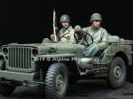 1-35-WW2-US-Jeep-Crew-Set