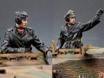 1-35-SS-Panzer-Commander-Set
