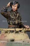 1-35-WSS-Panzer-Commander-Set-2-figures